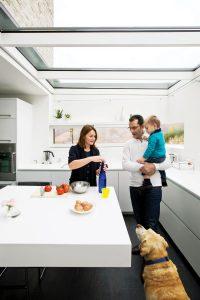 chiavelli-residence-kitchen-family-portrait