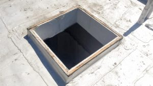 odd_curb_mount_skylight_21657-3