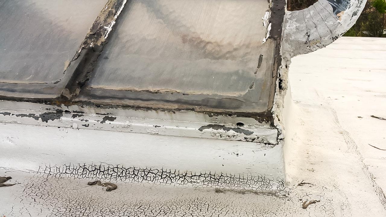 odd curb mounted skylight 21657-7