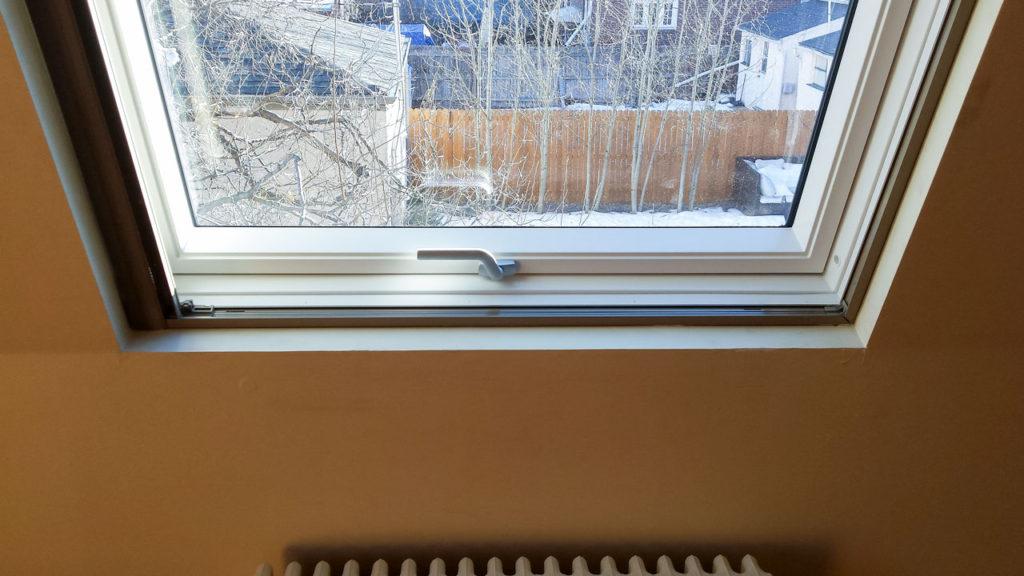 velux gpu roof window 22547-150450
