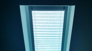 light filtering blind 21100-094557