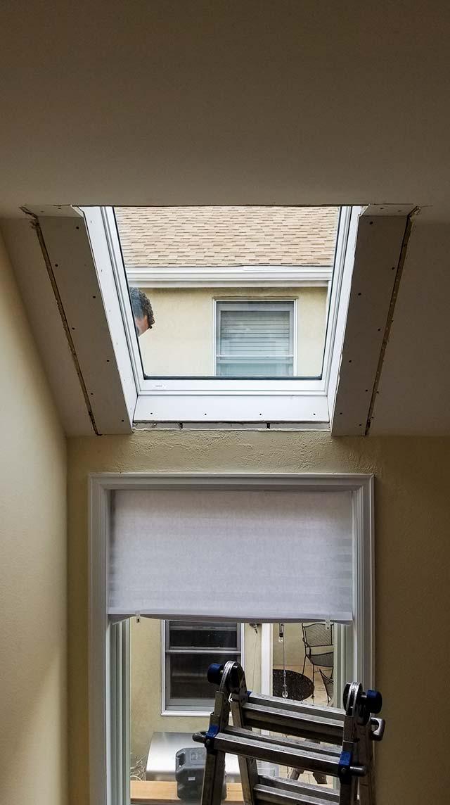 Velux deck mount skylight 6497-152737