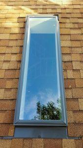 Velux deck mounted skylight installation 27712-104545767