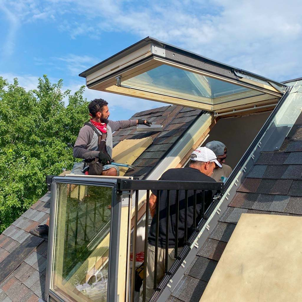 Velux Cabrio balcony skylight 31251-10