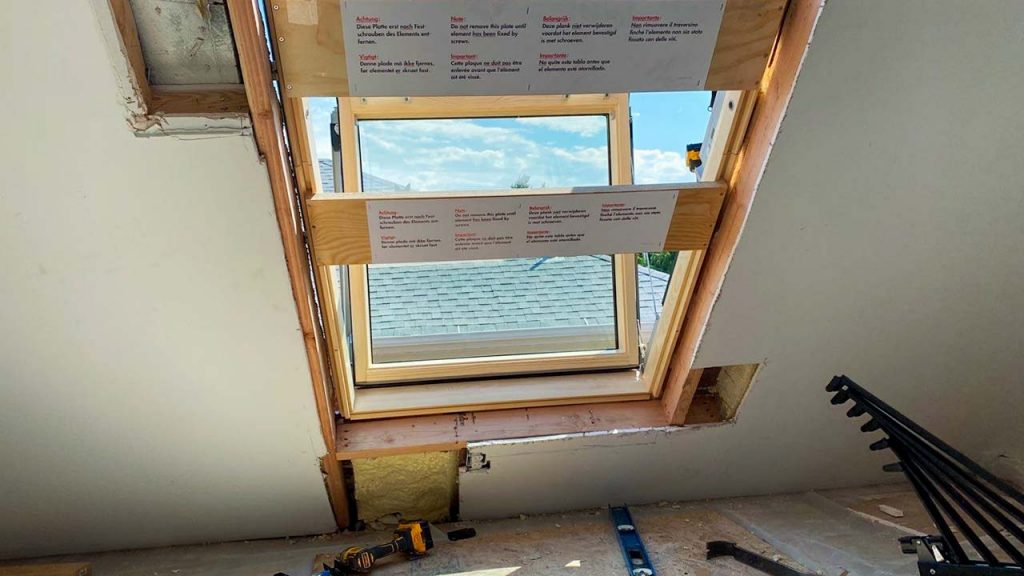 Velux Cabrio balcony skylight 31251-6