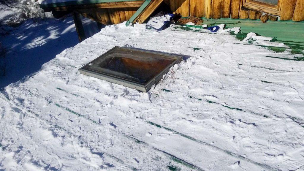 Frisco log home skylight replacement 31589-3