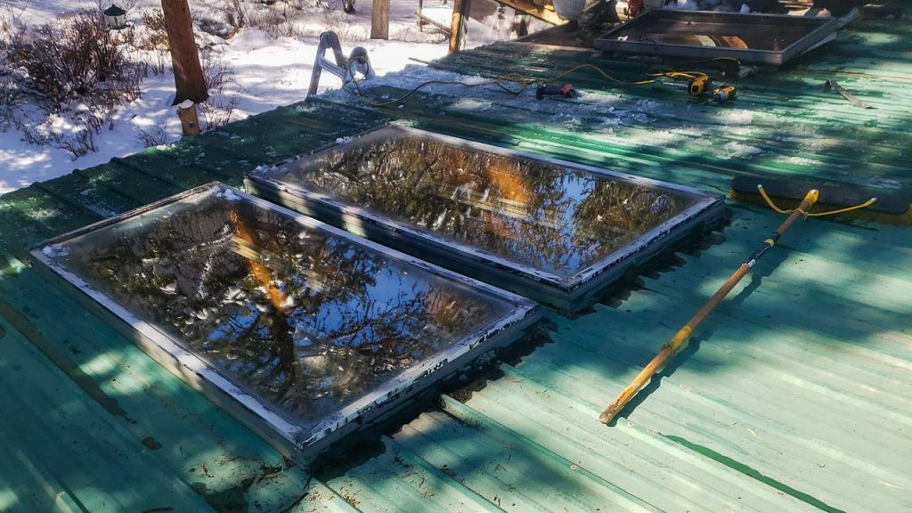 Frisco log home skylight replacement 31589-6