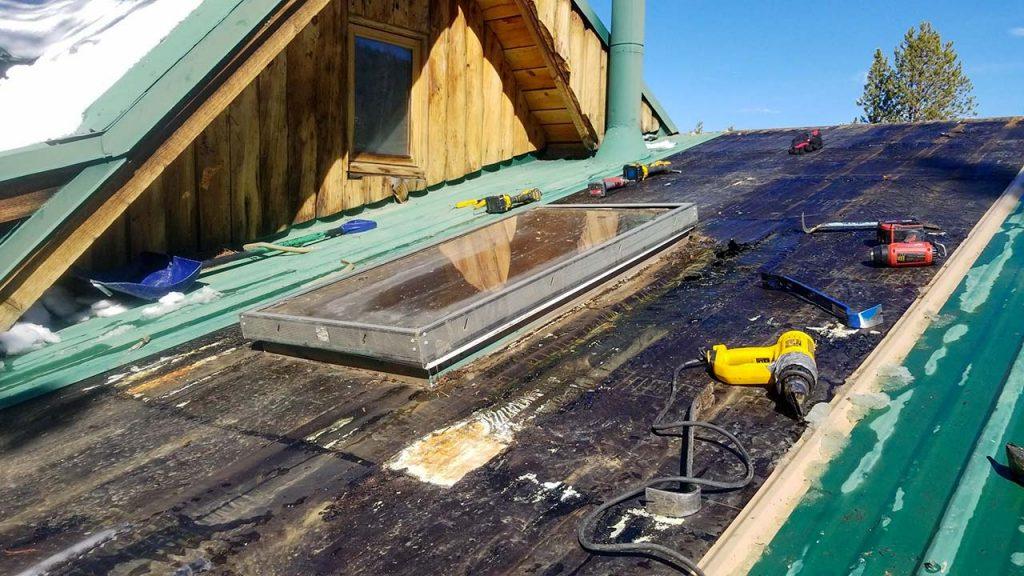 Frisco log home skylight replacement 31589-8