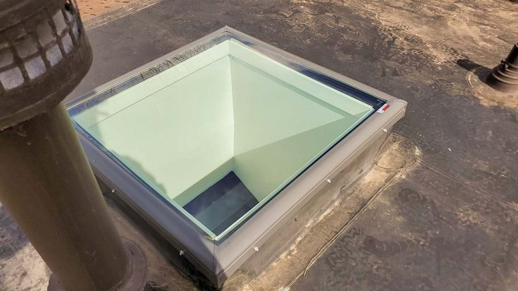 Velux FCM skylight replacement 32228-9